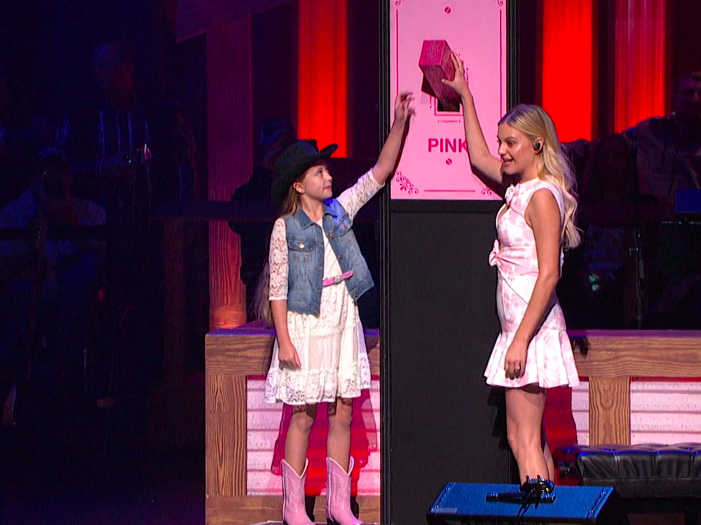 Kelsea Ballerini, Trisha Yearwood & More Help Turn the Opry Pink in Support of Breast Cancer Awareness Month