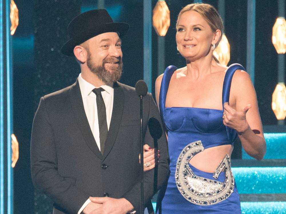 Sugarland Reunites and Announces Plans for a New Album