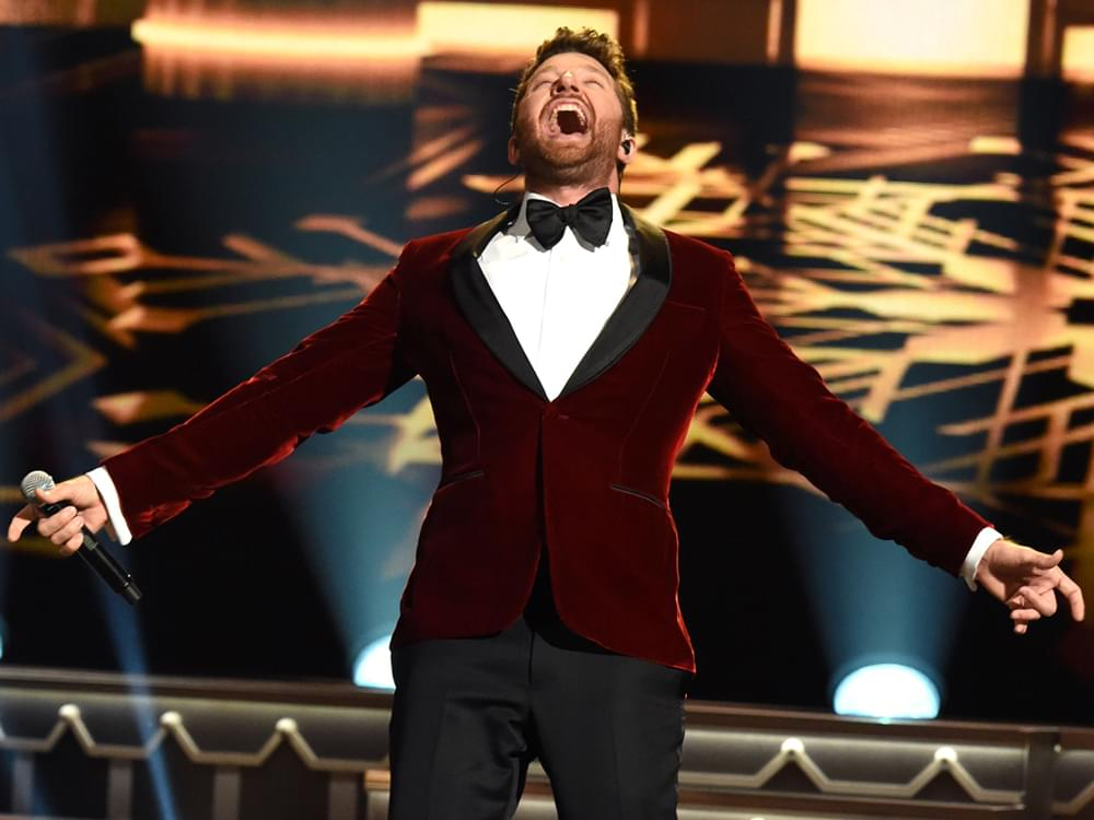 "Brett Eldredge Extends ""The Long Way Tour"" With New Fall Dates"