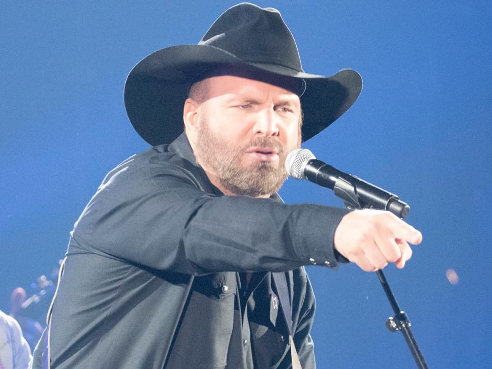 Garth Brooks' Musical Catalog Is Getting the Vinyl Treatment