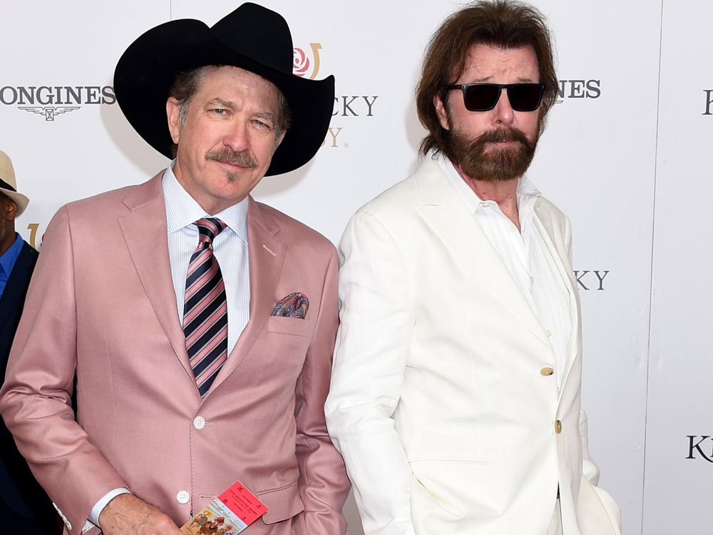 Brooks & Dunn, Terri Clark, Eddie Montgomery & Thompson Square Walk the Red Carpet at the Kentucky Derby [Gallery]