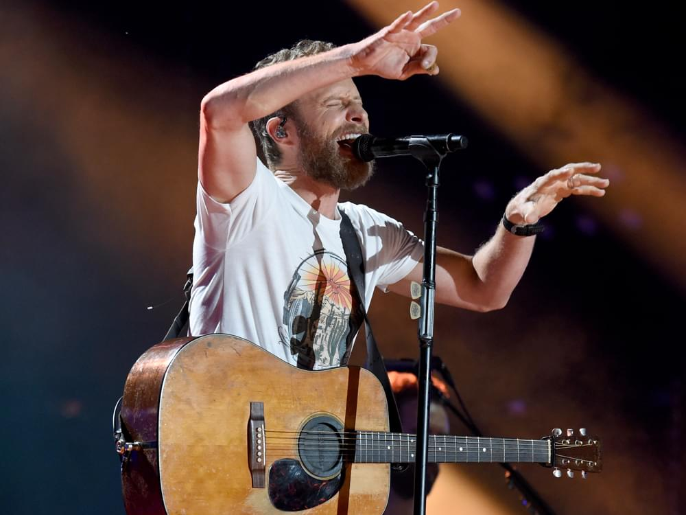 "Watch Dierks Bentley and His Beard Perform ""Burning Man"" on ""The Tonight Show"""