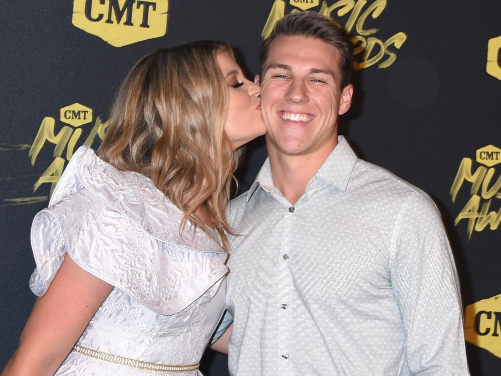Lauren Alaina Announces Engagement to Alex Hopkins