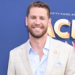 """Watch Chase Rice's Laid-Back Performance of New Single, """"Eyes On You"""""""