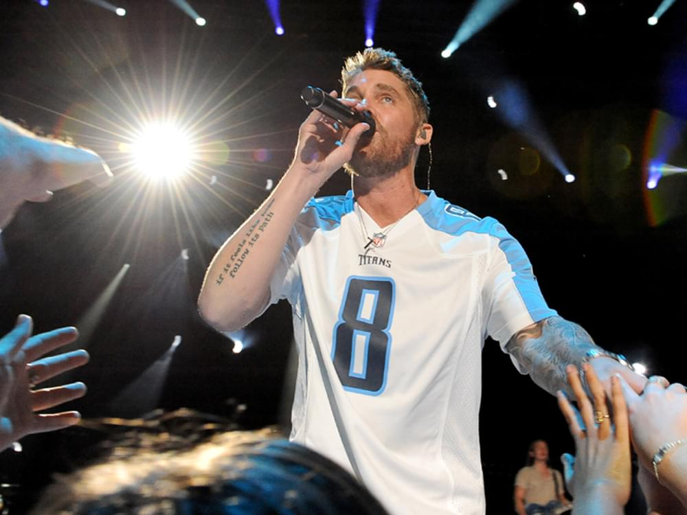 """Brett Young Tops the Charts for the Second Straight Week With """"Mercy"""""""