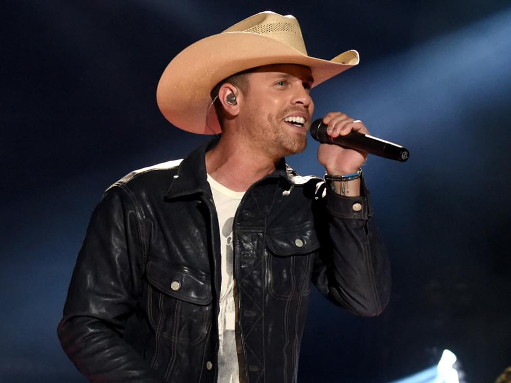 Watch Dustin Lynch Perform the Biggest Hit of His Career at the Grand Ole Opry