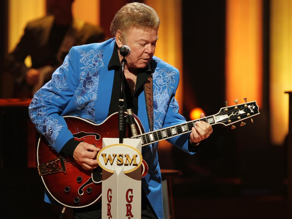 Country Music Hall of Fame Member Roy Clark Dead at 85