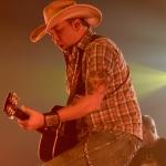 Jason Aldean Treats Nashville Fans to Free Concert [Photo Gallery]