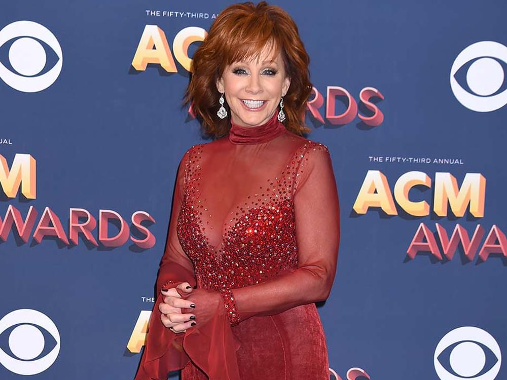 Reba Offers Fans the Chance to Be Her VIP Guest at the ACM Awards