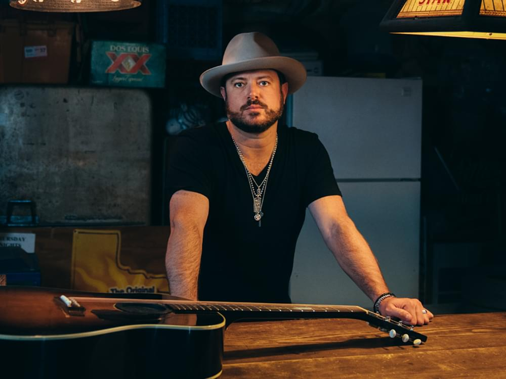 Wade Bowen Opens Up About Physical & Mental Health Issues in New Mini-Documentary [Watch]