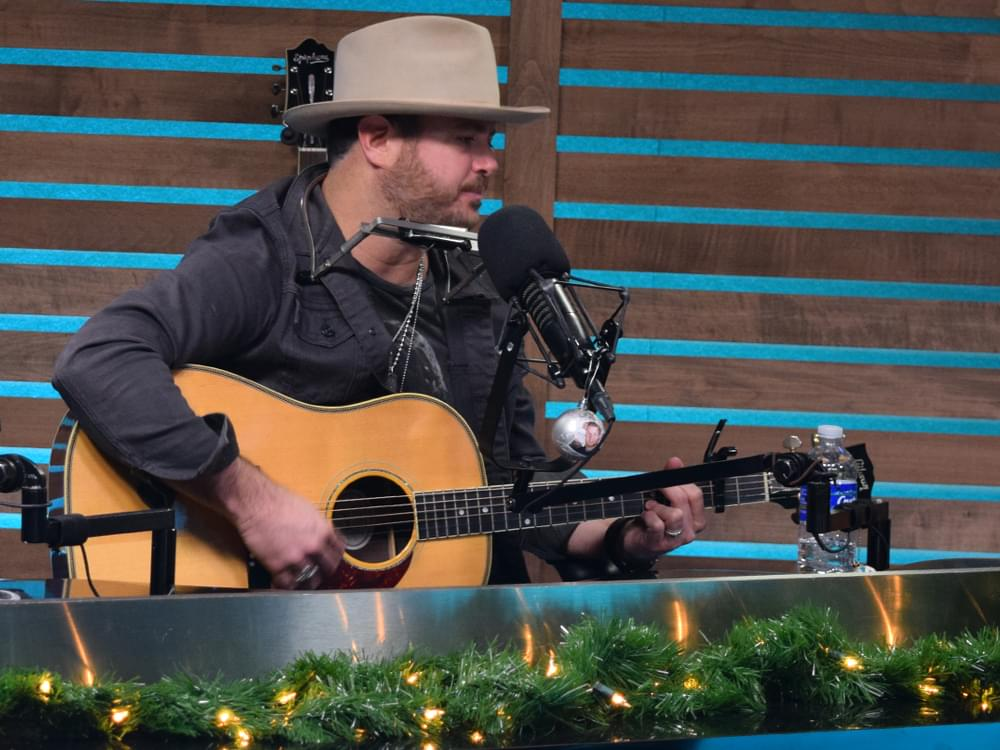 Dolly Parton Christmas Album.Wade Bowen Announces New Christmas Album Twelve Twenty