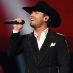 "Dustin Lynch Reveals Track List, Songwriters & Cover Art for New Album, ""Tullahoma"""