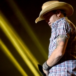 "Exclusive Interview With Jason Aldean After Vegas Mini-Residency: ""One of Those Things That I Never Forget"""