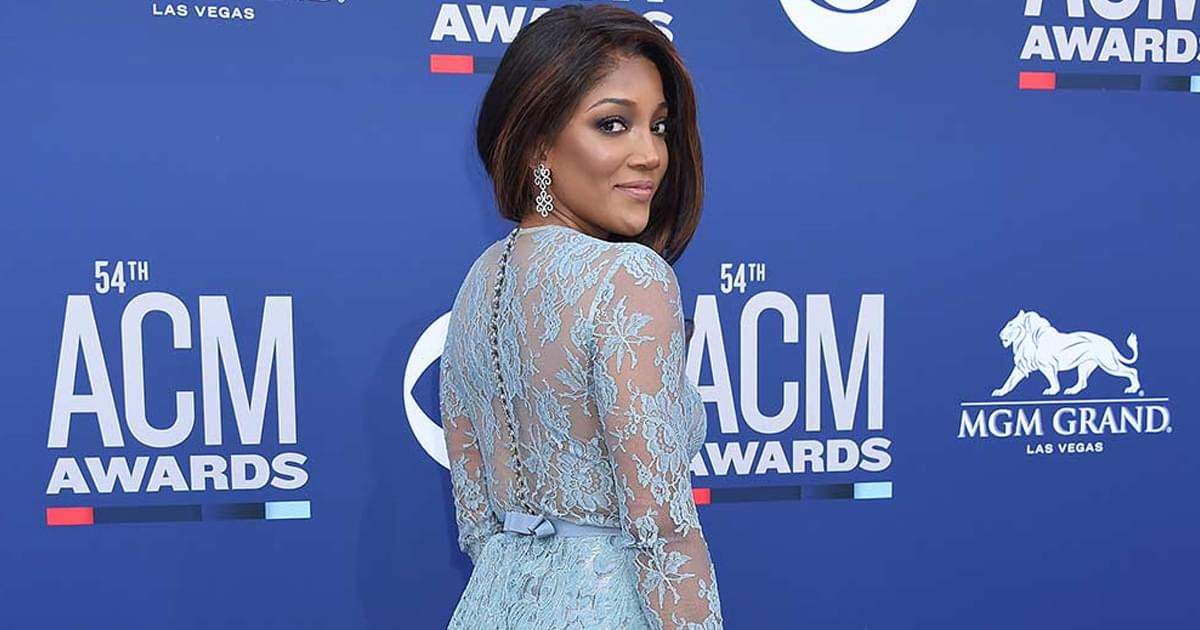 "Mickey Guyton to Release New EP, ""Bridges,"" on Sept. 11"