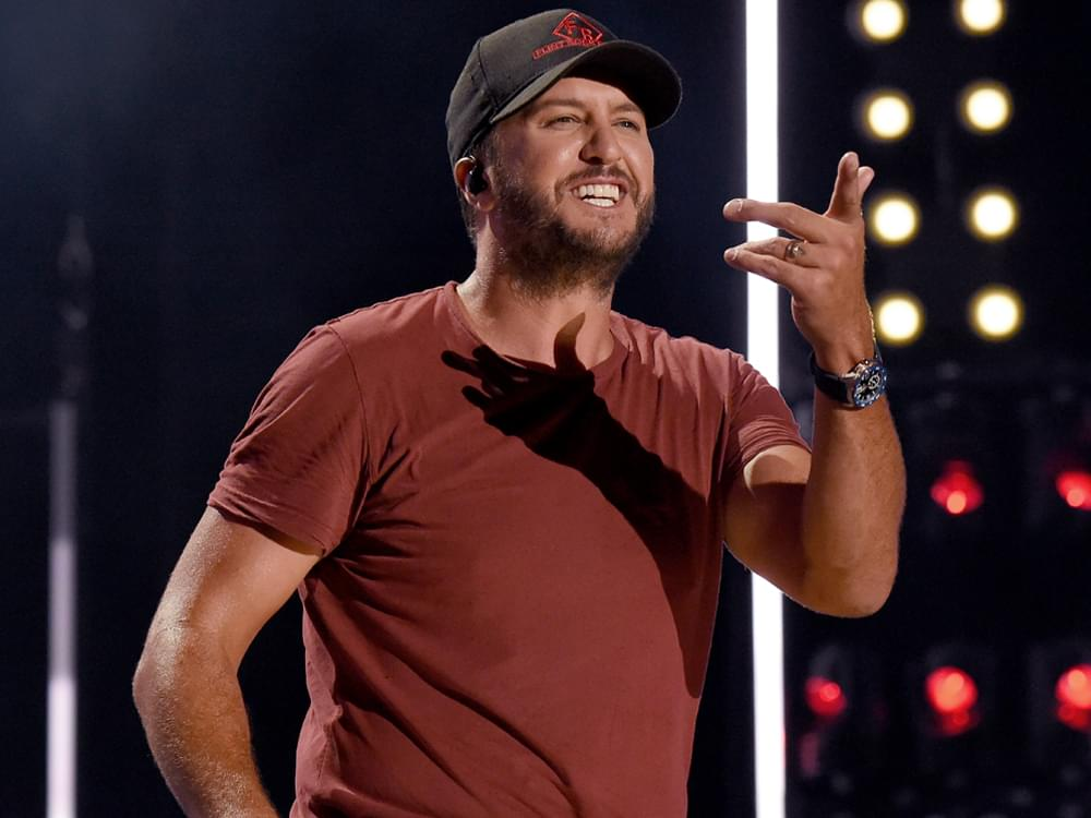 """Luke Bryan Finalizes Lineup for 6th Annual """"Crash My Playa"""" Concerts in Mexico"""