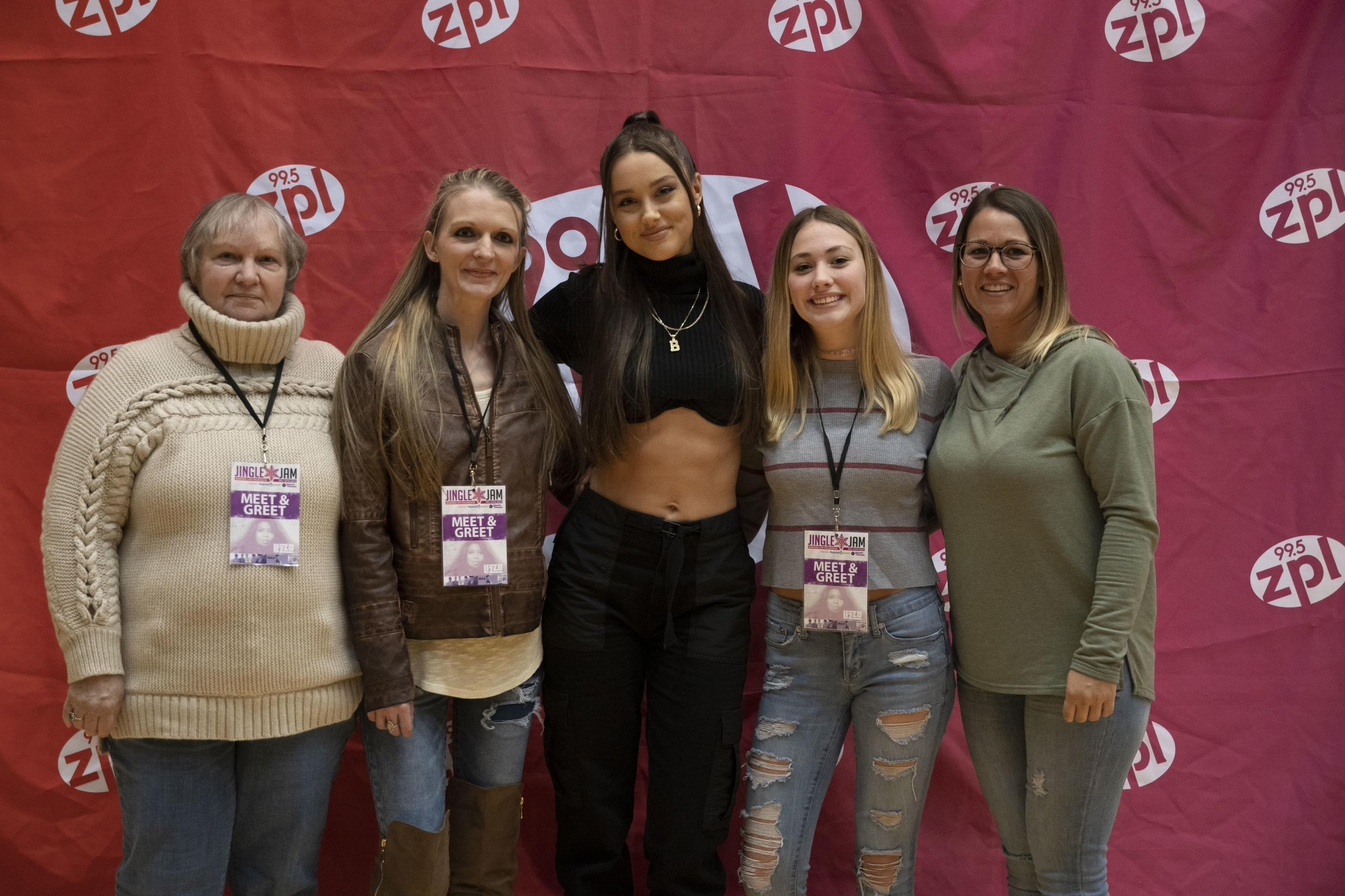 Bailey Bryan Meet & Greet at zpl Jingle Jam 2019!