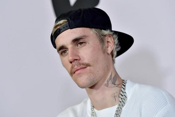 Justin Bieber Looks Like His Old Self And It's Weird [LOOK]
