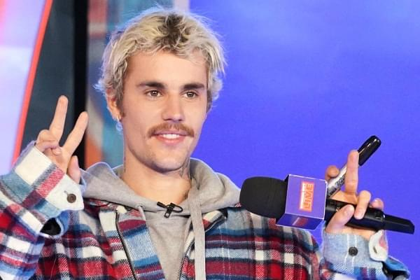 Justin Bieber Is Now Rocking A New Neck Tat [PHOTO]
