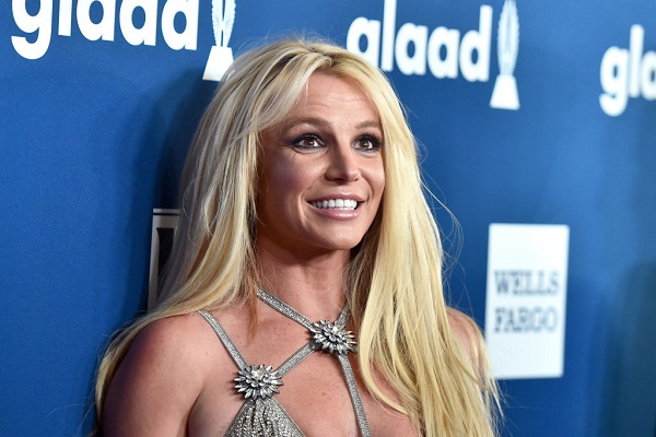 [VIDEO] Sharon Stone Sheds A Light On Britney Spears' Struggle