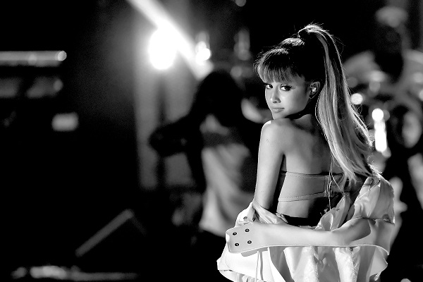 """Ariana Grande Give A Look Behind The Production Of """"Positions"""" [WATCH]"""