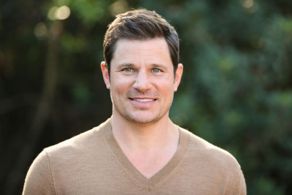Alanis Morissette & Nick Lachey Will Be Judges on Fox's New Singing Competition Show