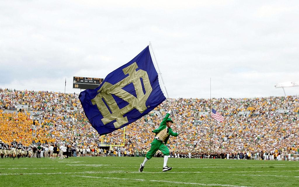 #8 Notre Dame Hits The Road To Play #19 Michigan