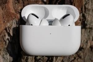 Apple Air Pods (x2?) – 5/26/20