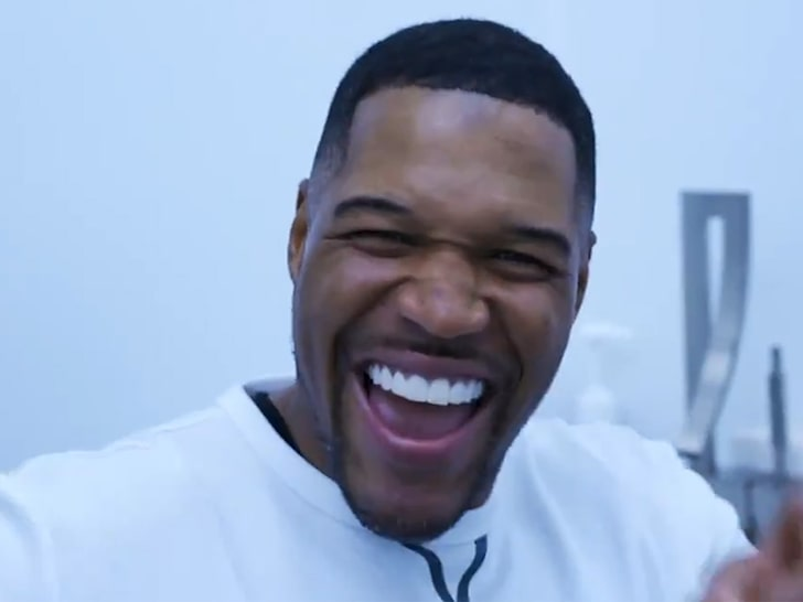 MICHAEL STRAHAN FIXES ICONIC TOOTH GAP