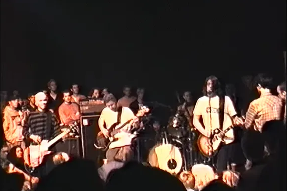 Nirvana Fan Unearths Foo Fighters Video From 4th Show