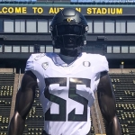 Oregon Unveils New Uniforms