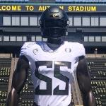 Oregon Unveils New Uniforms