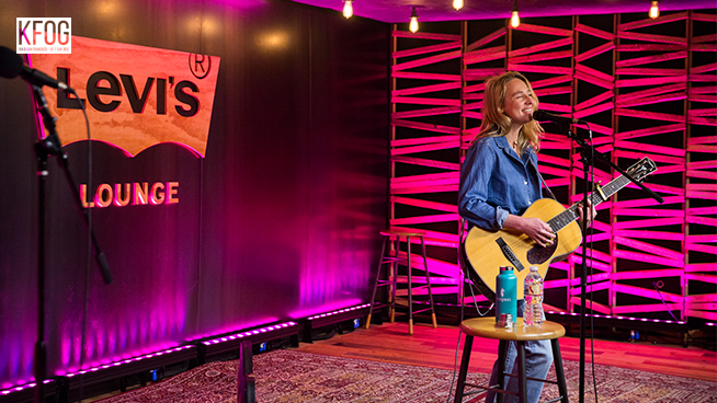 "KFOG Private Concert: Lissie -""Best Days"""