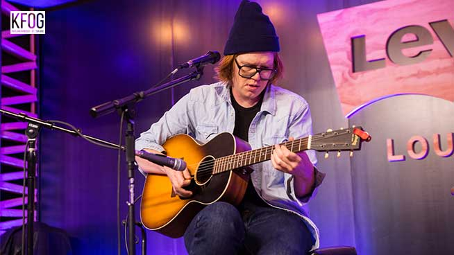 "KFOG Private Concert: Brett Dennen – ""San Francisco"""