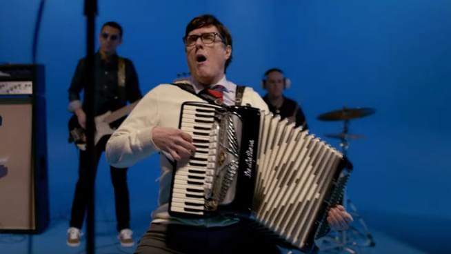 weird al in weezer's africa video