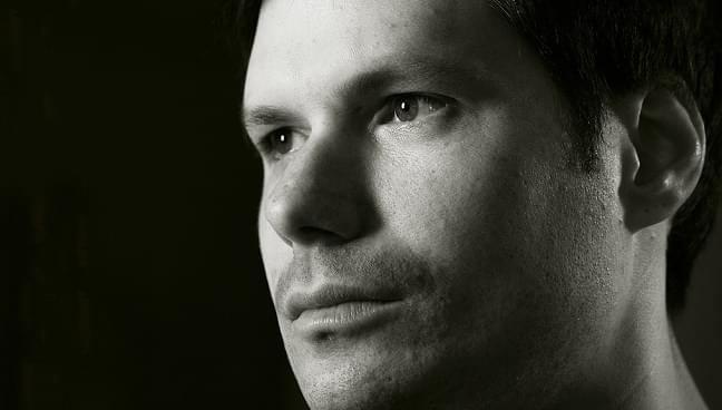 LISTEN: Michael Ian Black explains to Arthur the secrets of staying young