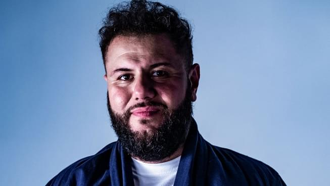 LISTEN: Comedian Mo Amer tells Arthur his incredible story of triumph going from refugee to headlining comic