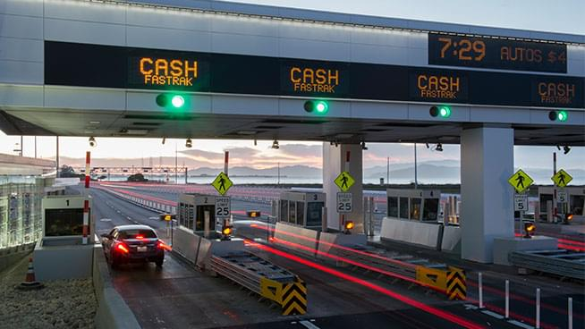 Bay Area Fastrak Tolls will not Accept Cash due to Coronavirus
