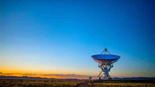 The John Rothmann Show: Israel government says they are in communication with aliens
