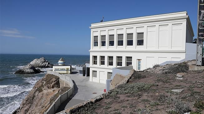 San Francisco's historic Cliff House restaurant may reopen after all