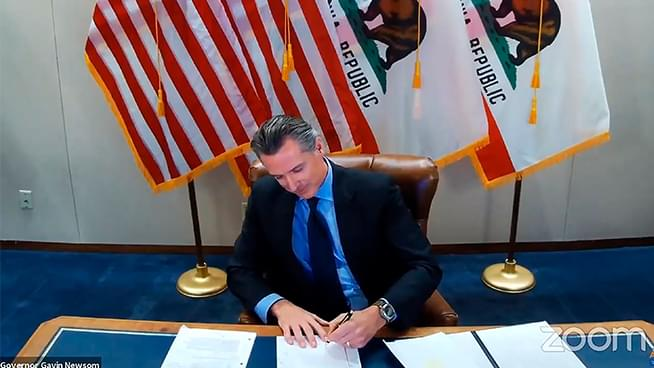 Newsom Signs $7.6 Billion COVID-19 Relief Package