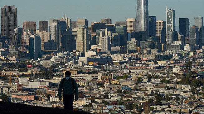California's population falls for first time in history