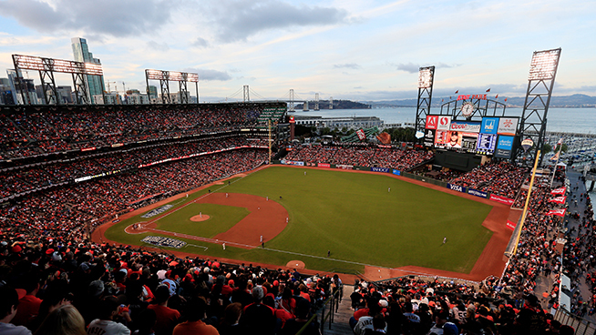 Oracle Park to open up at full capacity for Bay Bridge Series