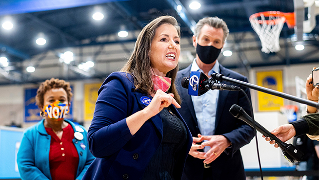 Oakland Mayor Libby Schaaf shows support for Wednesday's South Bay tragedy