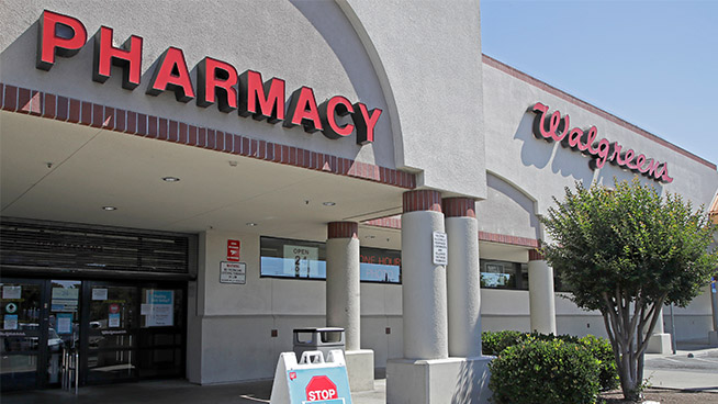 Walgreens offers $25 with COVID-19 vaccination