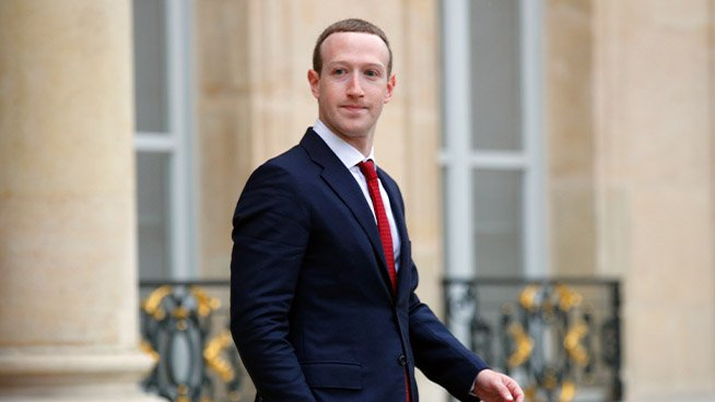 Facebook pushes its office reopening to 2022