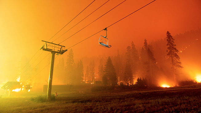 Thousands of Lake Tahoe Residents Ordered to Evacuate as Caldor Fire Runs Over Echo Summit