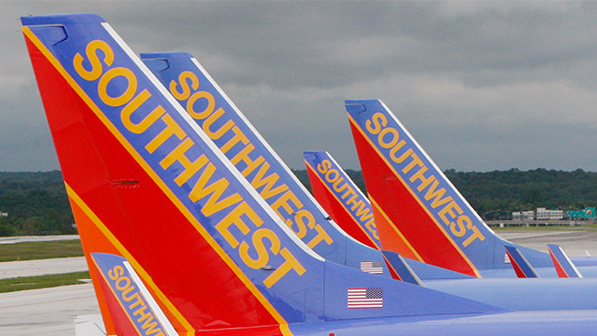 Southwest Airlines cancels a thousand flights, Nikki fights her way home