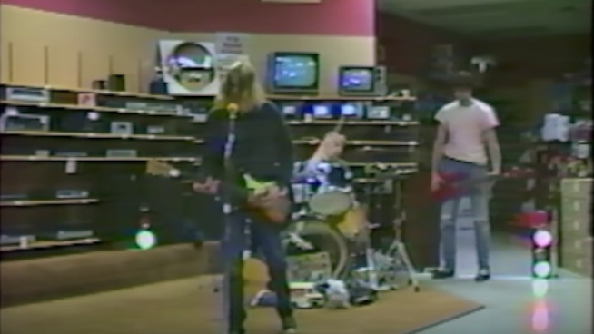 Footage of Nirvana recording in an empty Radio Shack uncovered
