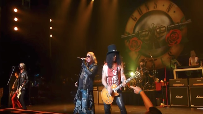 Watch Guns N' Roses perform at the Apollo Theater