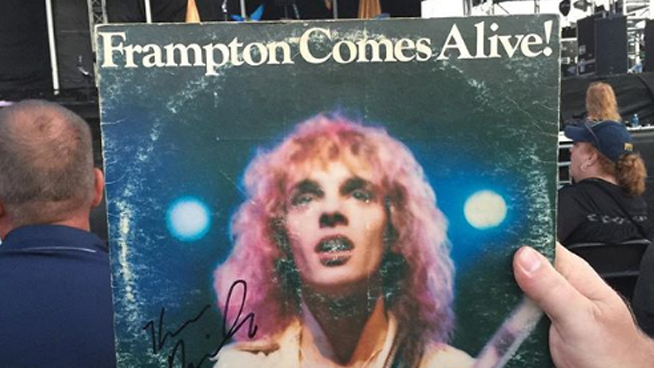 Peter Frampton storms off stage in what fans called a 'meltdown'